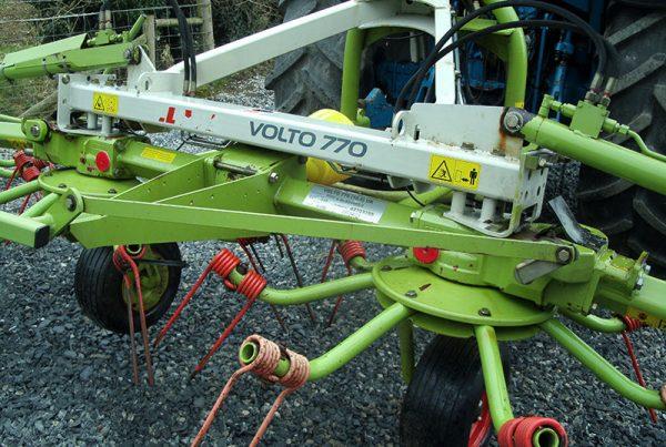 Claas 6-Rotor Tedder-2